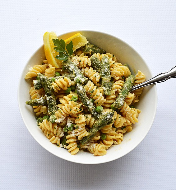 Lemon Cream Pasta with Asparagus and Peas
