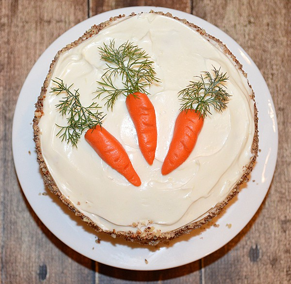 Carrot Cake With Cream Cheese Frosting Theveglife