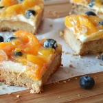 peaches and cream dessert bars