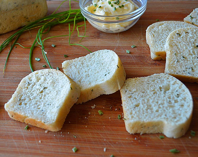 Sour Cream Chive Bread