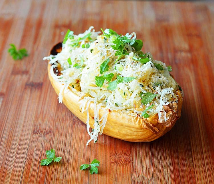 Roasted Spaghetti Squash with Herbed Parmesan Sauce {Vegan ...