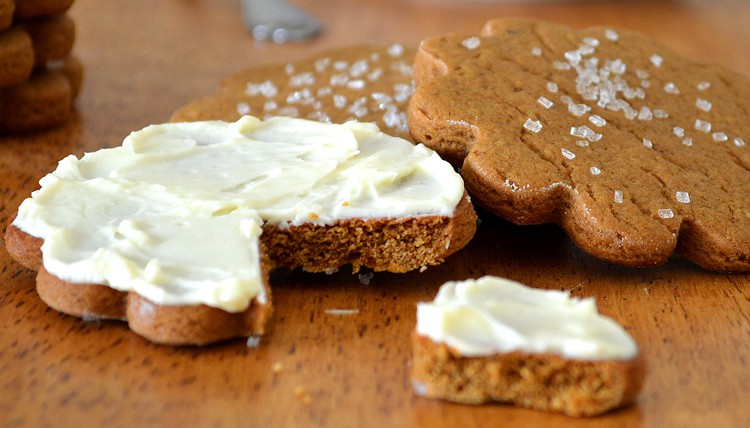 Old fashioned soft molasses cookies vegan theveglife