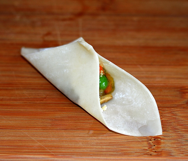 Baked Vegetable Pot Pie Wontons