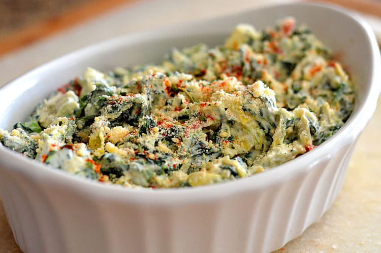 Baked Spinach and Artichoke Dip {Vegan} - TheVegLife