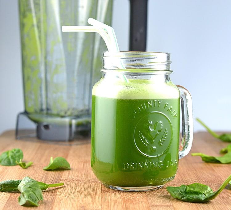 healthy vegan green juice in a blender theveglife