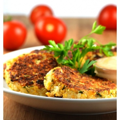 Crispy Cauliflower Cakes {Vegan}