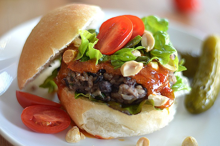 Black Bean Burger with a Chili Peanut Sauce
