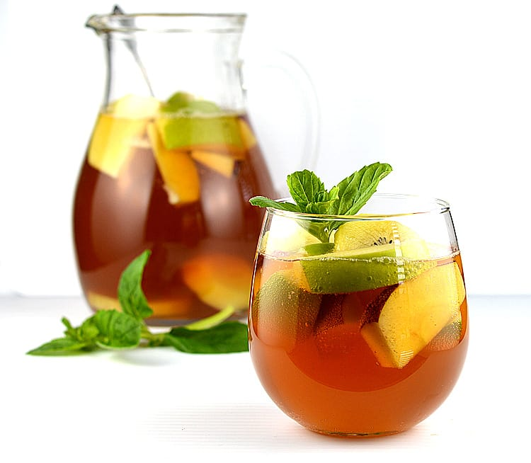 Iced Tea & Lemonade Sangria