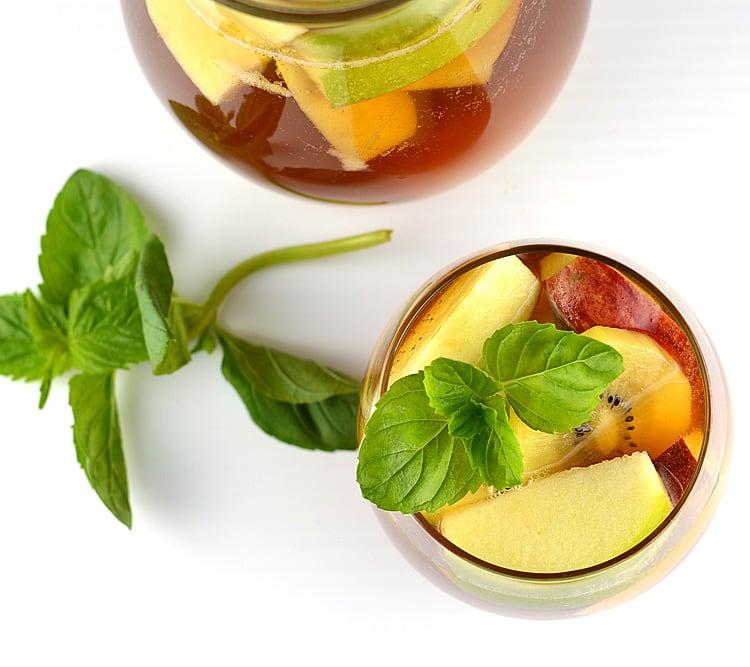 Iced Tea & Lemonade Sangria