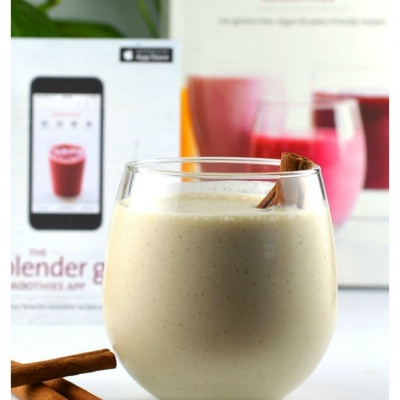 REVIEW:  The Blender Girl Smoothies Book