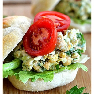Mashed Chickpea & Avocado Salad Sandwich