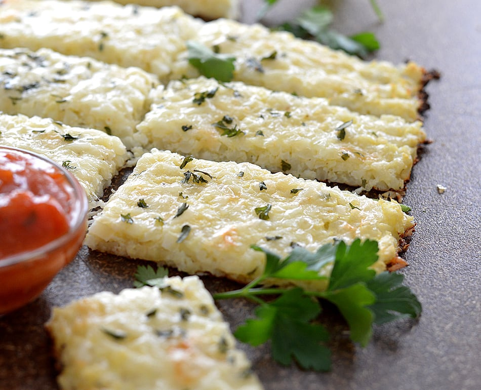 Low Carb Cauliflower Breadsticks {Vegetarian}