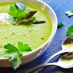 Vegan Roasted Garlic Asparagus Soup