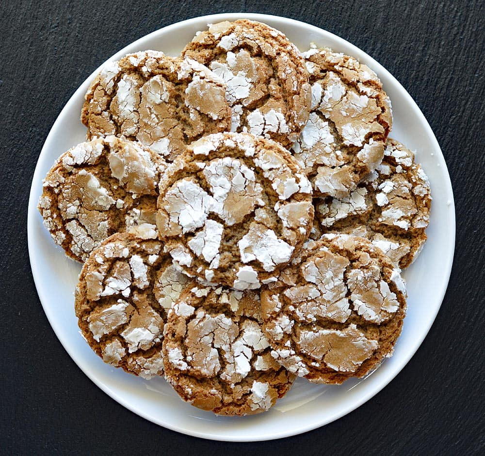 Mexican Crinkle Cookies PLATED