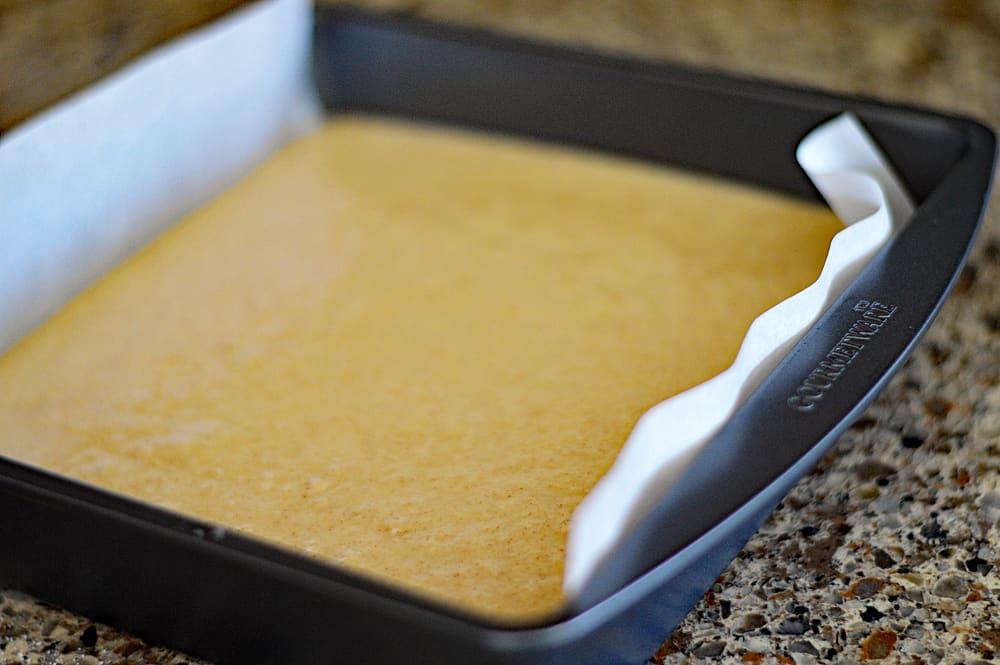 Vegan Amish Applesauce Snackin' Cake
