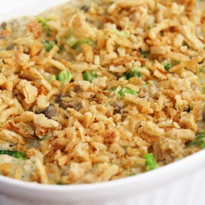 Creamy Vegan Broccoli Wild Rice Casserole