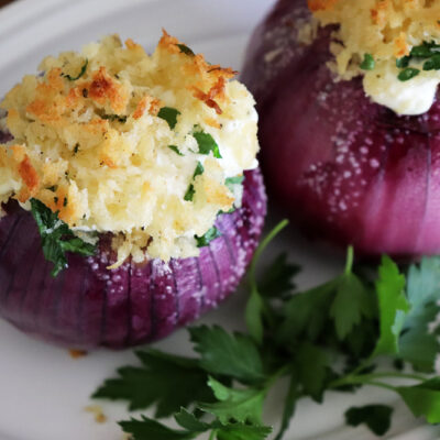 Emeril's Creamy Roasted Red Onions {vegan version}