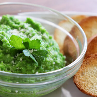 Pea Pesto Crostini Recipe