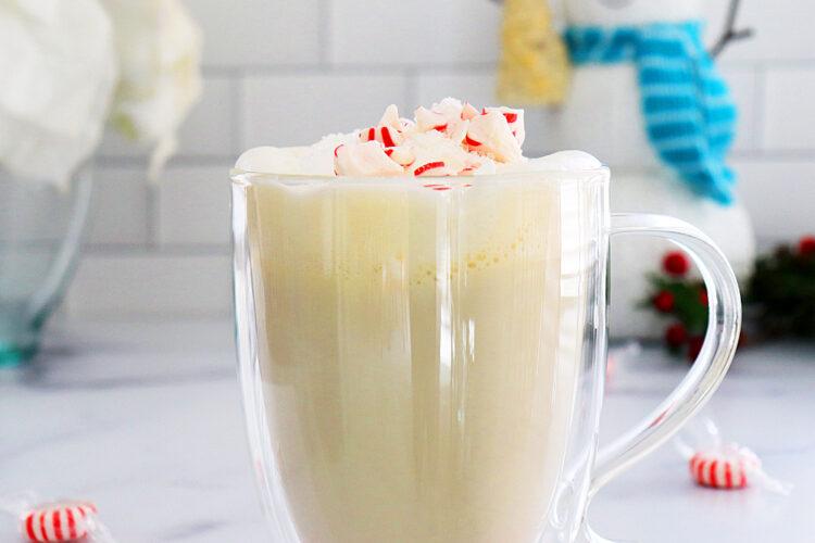 Vegan Peppermint White Hot Chocolate HERO shot