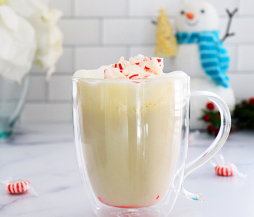Vegan Peppermint White Hot Chocolate HERO shot