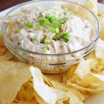 Vegan Caramelized French Onion Dip
